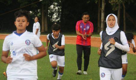 Mahasiswi PJKR UM Perkuat Arema FC Woman